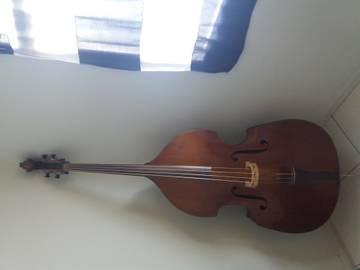 Sobre Restauração, Baixos Chineses e Luthier IA0Ei