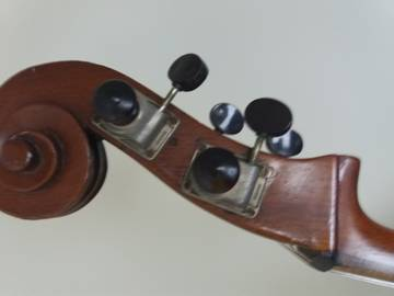 Sobre Restauração, Baixos Chineses e Luthier XW1pk